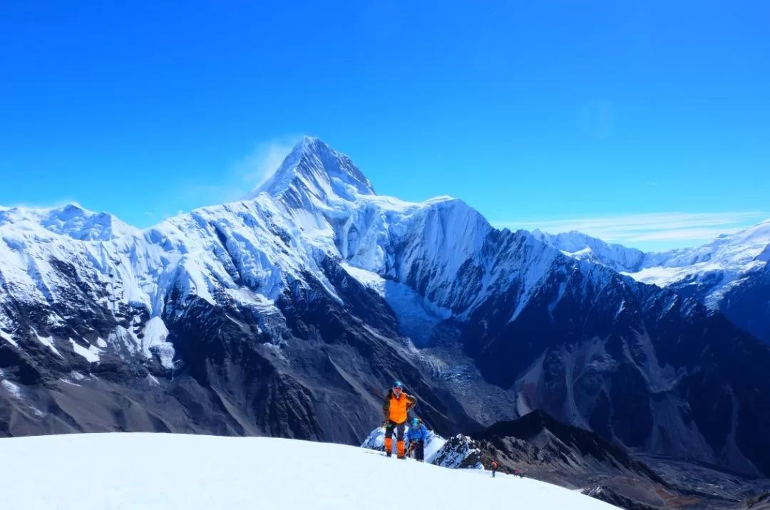 那玛峰,亲近蜀山之王,贡嘎最佳观景台