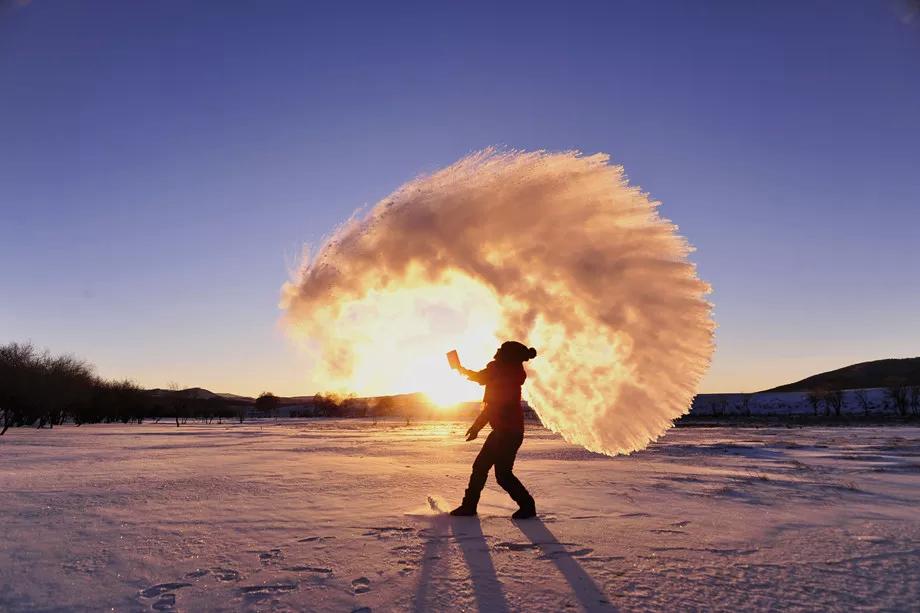 冬日赞歌·趣游冬季乌兰布统·塞罕坝·月亮湖·赛罕塔·越野车·雪地火锅·雪地娱乐·滑雪6日
