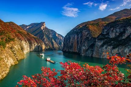 红叶醉三峡,中国最神秘的秋季美景之一,7天6晚从上帝视角俯瞰巴楚风韵